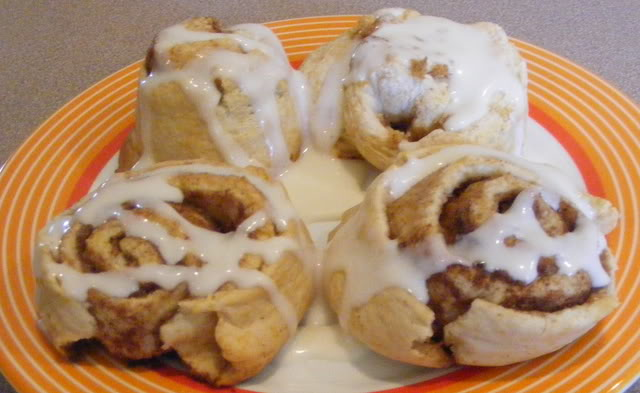 Easy, No Rise Cinnamon Rolls at The Happy Housewife
