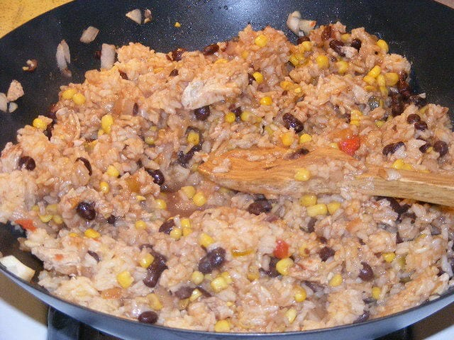 Mexican Chicken Skillet Meal at The Happy Housewife