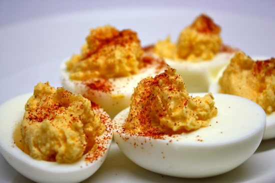 Spiced Up Deviled Eggs at The Happy Housewife