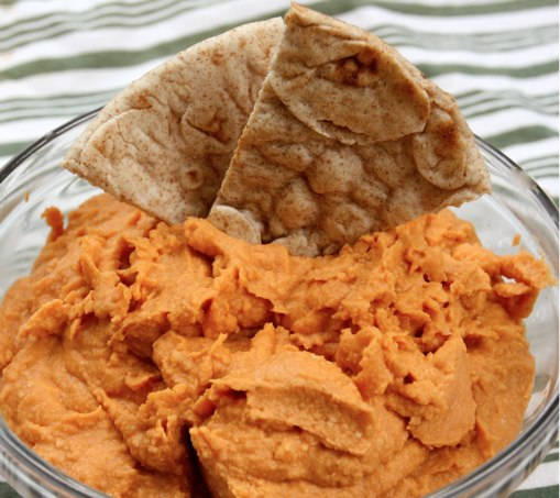 Roasted Red Pepper Hummus at The Happy Housewife