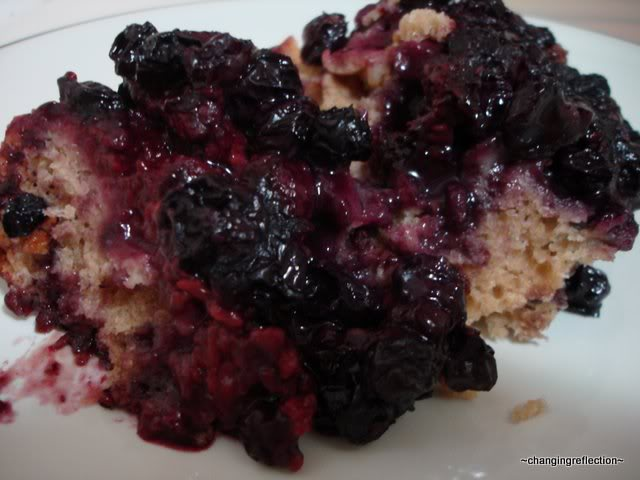 Crockpot Berry Cobbler at The Happy Housewife
