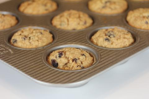 10 Delicious Muffins and Quick Breads (Cinnamon Raisin Oatmeal Breakfast Muffins) at The Happy Housewife