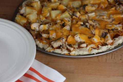 Barbecue Turkey Pizza (sub turkey for the chicken)