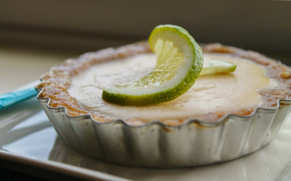 No-Bake Key Lime Pie (Paleo) | The Happy Housewife