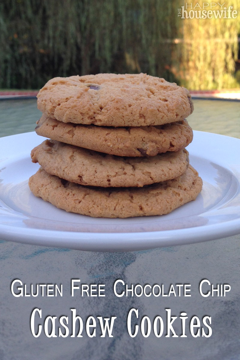 Gluten Free Chocolate Chip Cashew Cookies | The Happy Housewife