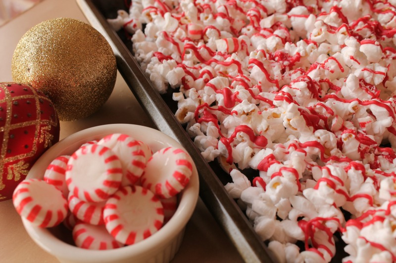 Peppermint Crunch Popcorn Holiday Gift Idea at The Happy Housewife