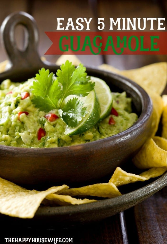 Easy 5 minute guacamole recipe with only 4 ingredients!