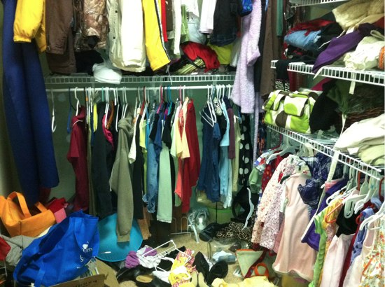 spring cleaning: storing seasonal items - the happy housewife