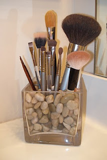 makeup brush storage  the happy housewife™  home management