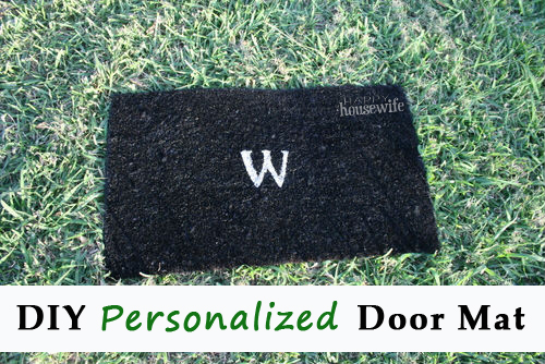 DIY Personalized Door Mat | The Happy Housewife