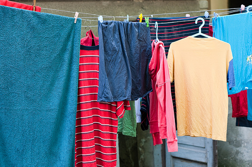 7 Ways to Save on Laundry
