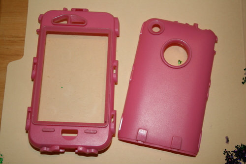 How to Bling an Otterbox (step 2) | The Happy Housewife