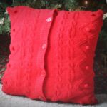 Sweater Pillow: Homemade Christmas Gifts | The Happy Housewife