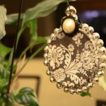 Beautiful-Damask-Christmas-Ornament-