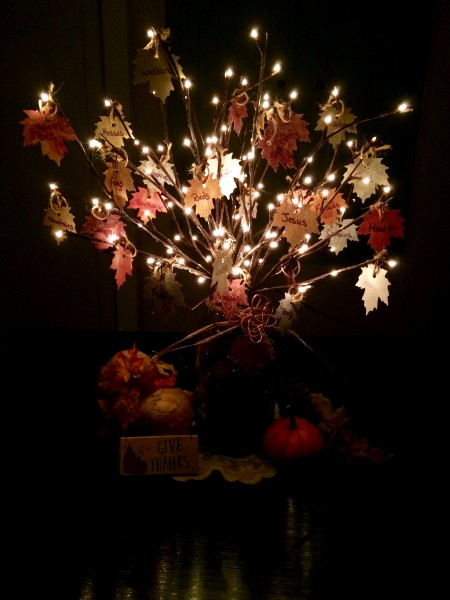 How to Make a Thankful Tree at The Happy Housewife