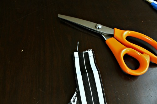 Easy Sew Kids Waterproof Art Smock (Step 5) at The Happy Housewife