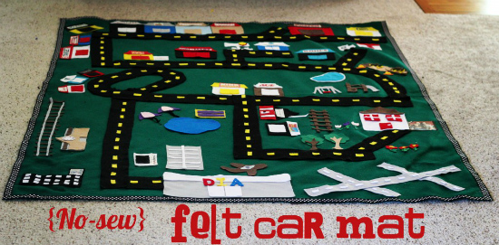 Felt Car Mat from Oopsey Daisy - 100 Days of Homemade Christmas Gifts at The Happy Housewife