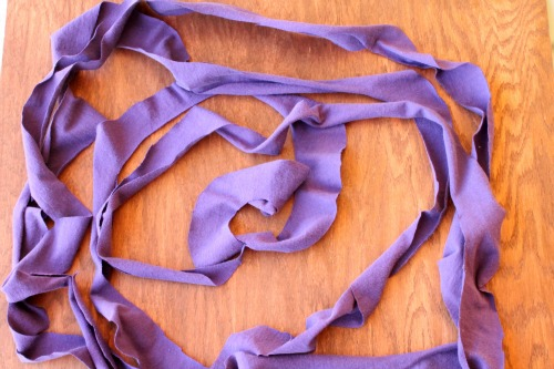 No-Sew Infinity Scarf (step 2) at The Happy Housewife