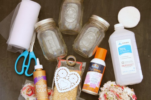These quick and easy Mason jar crafts are perfect for your shabby chic home decor or a fun party theme.