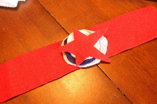 DIY Patriotic Felt Cuff Bracelets for Kids