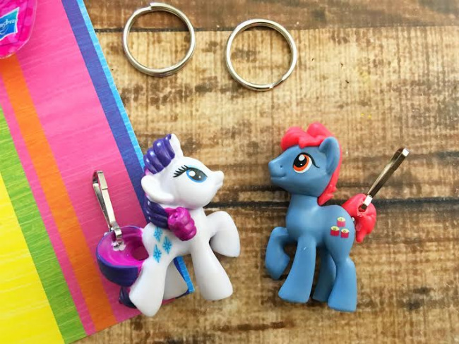 These adorable My Little Pony keychains take less than 5 minutes to make and are perfect backpack accessories for back to school or inexpensive party favors.