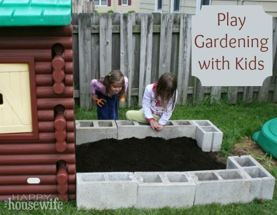 Play Gardening with Kids | The Happy Housewife
