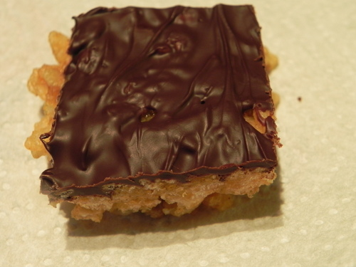 Pumpkin Rice Krispie Bars with Dark Chocolate at The Happy Housewife