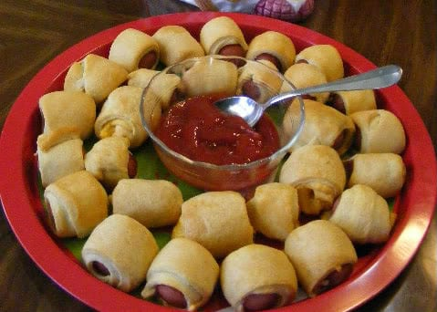 Game Day Recipes - Pigs in a Blanket