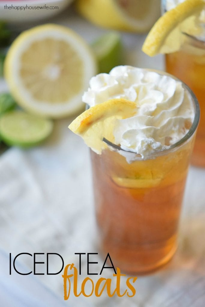 If you are looking for a fun drink to enjoy during these final days of summer, try these quick and refreshing iced tea floats!