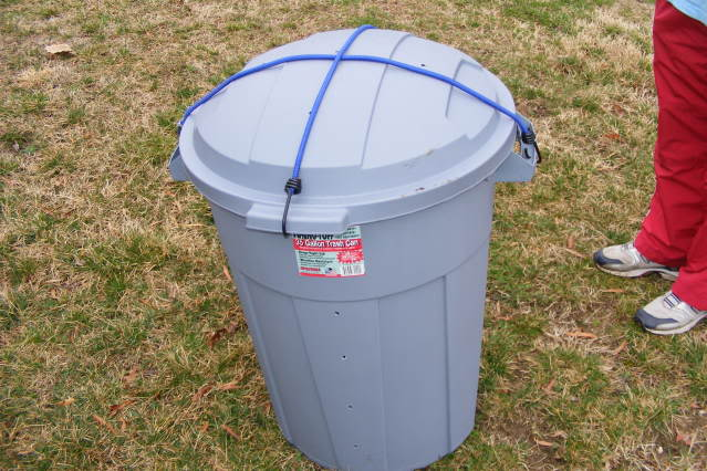 Garbage Can Compost Bin | 45 DIY Compost Bins To Make For Your Homestead
