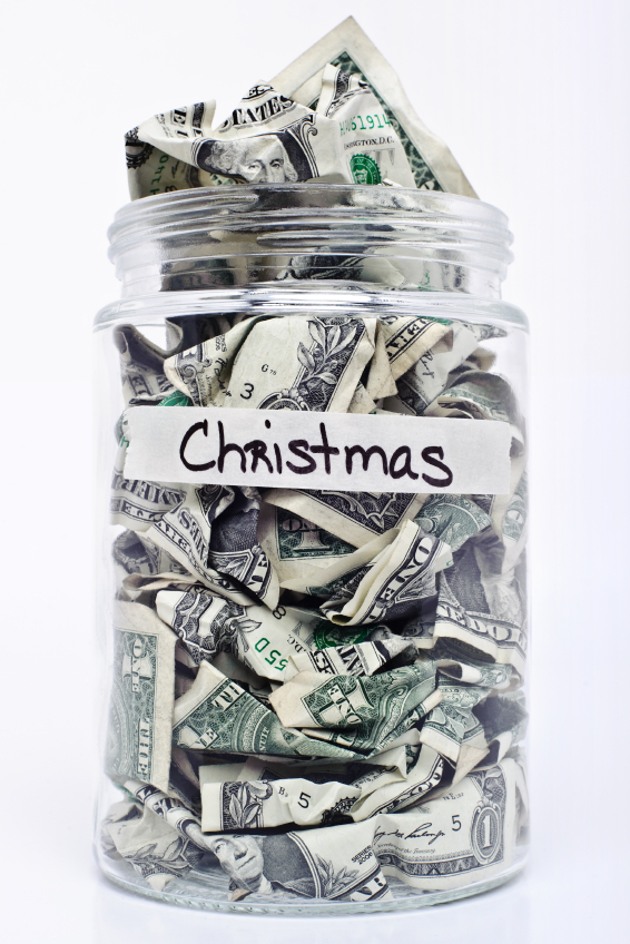 7 Ways to Save for Christmas Next Year - The Happy Housewife ...