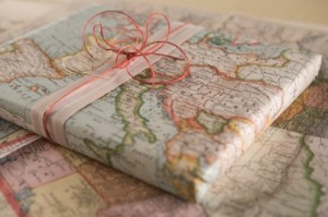 recycled-map-gift-wrap