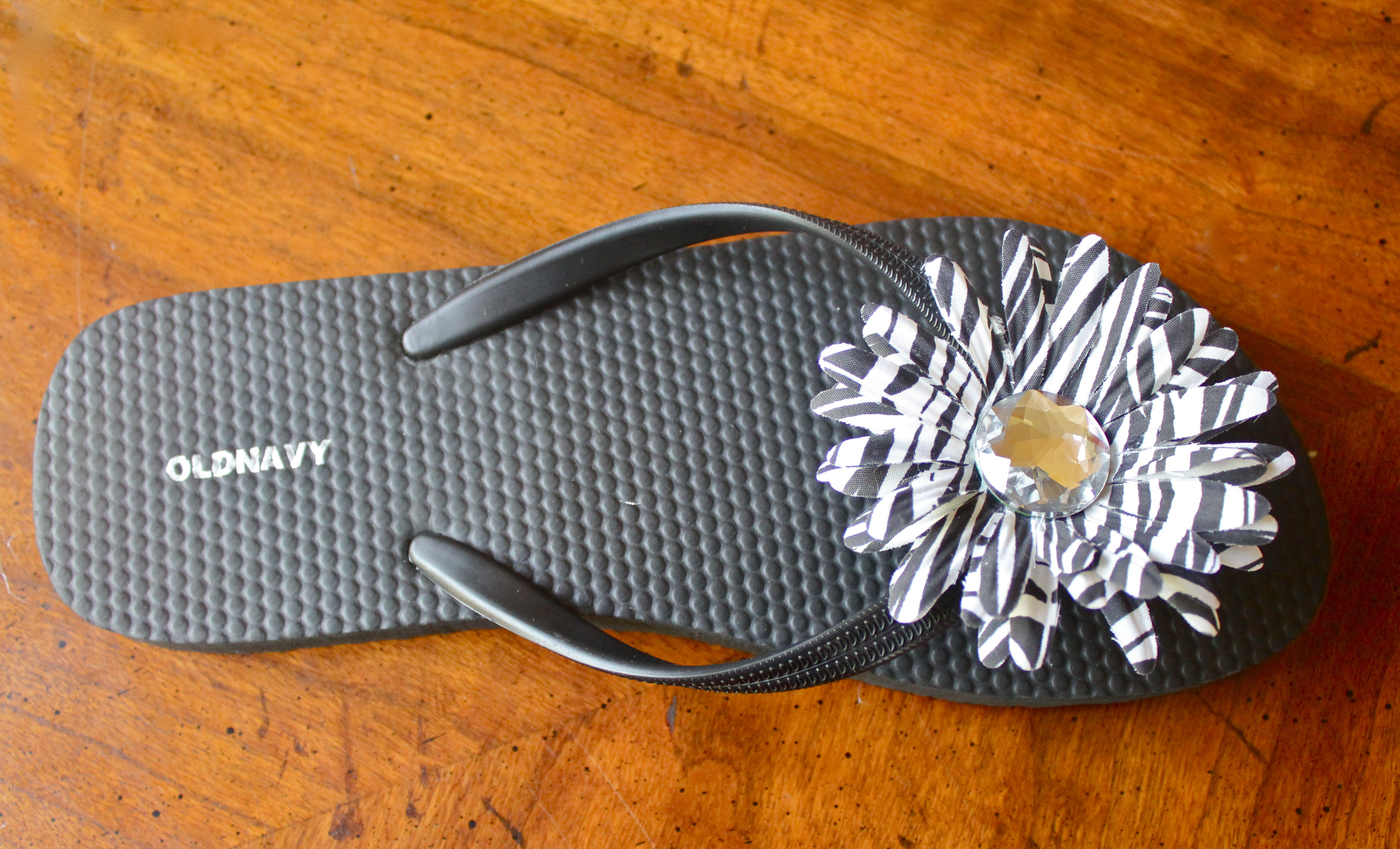 decorate decorating yellow summer flop diy ideas how sandals your flops decor to flip fashion black tutorial silver