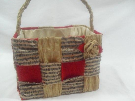Homemade Christmas Gift Bags - Messy Little Monster |White Christmas Diy Gift Bags