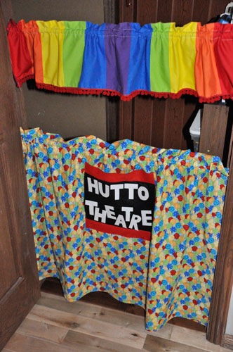 how to make a victorian puppet theatre