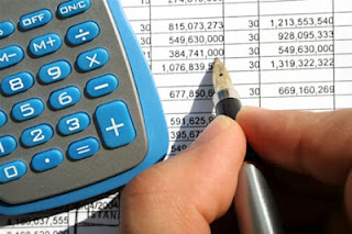 keep track of budget and spending the happy housewife home