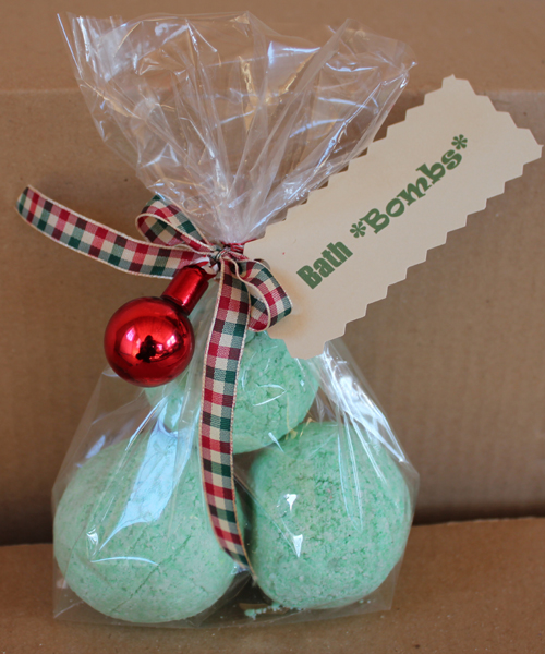 Bath bombs homemade christmas gifts the happy housewife for Diy christmas gift ideas for adults