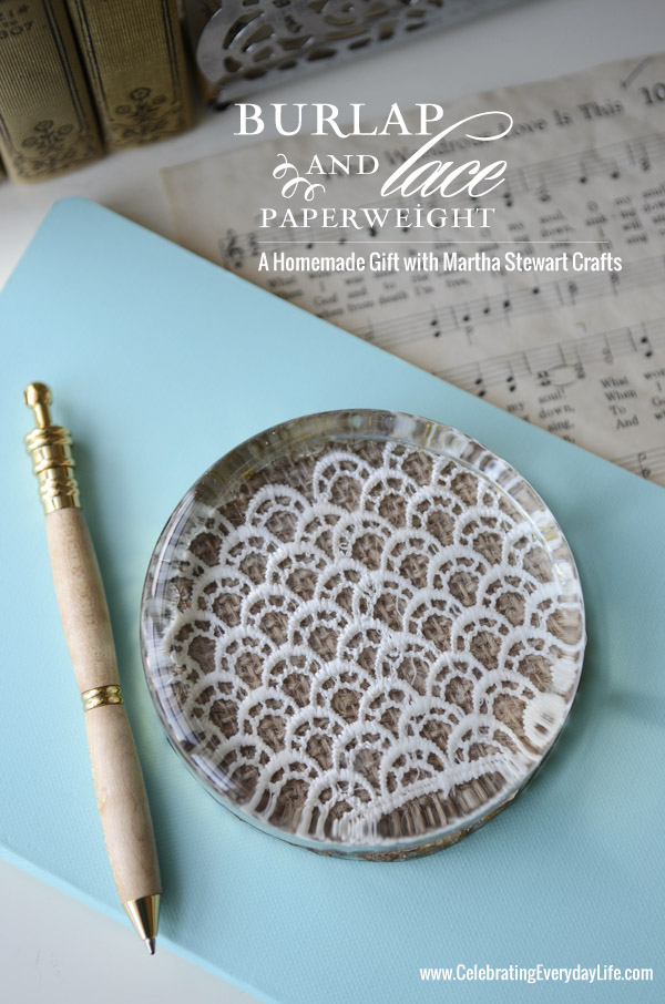 Burlap lace paperweight homemade christmas gifts the happy do you have a beautiful homemade christmas gift idea submit blog links here if you are not a blogger and would like to share instructions for a homemade solutioingenieria Image collections
