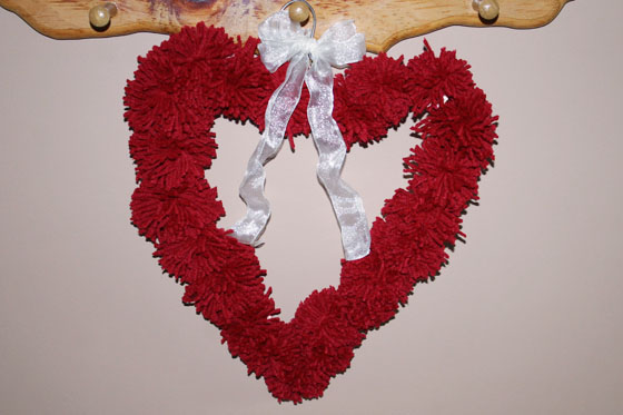 Pom-Pom Heart Wreath with Ribbon | The Happy Housewife