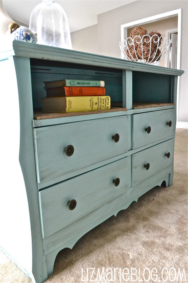 Chalk paint dresser diy the happy housewife home for Diy ideas for old dressers