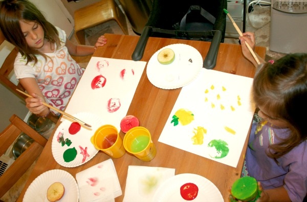 Apple Activities for Preschoolers at The Happy Housewife