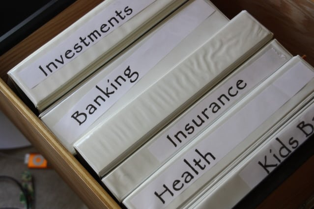 organizing with binders  clean home  fresh start